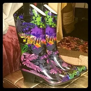 NWOT Corkys rubber boots